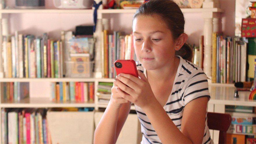 cell phone tween